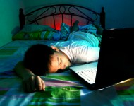 Lire la suite de Ados : quand manque de sommeil rime avec mauvais résultats scolaires