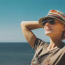 femme lunettes de soleil